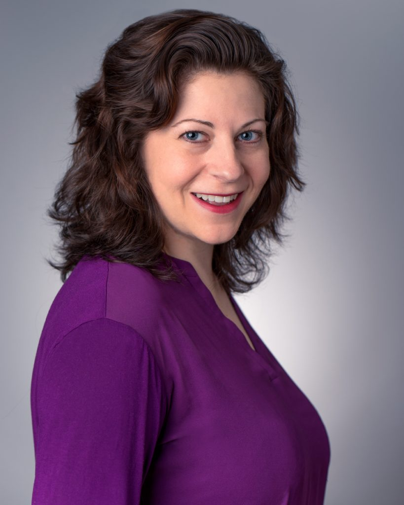 Headshot photographer for businesswoman